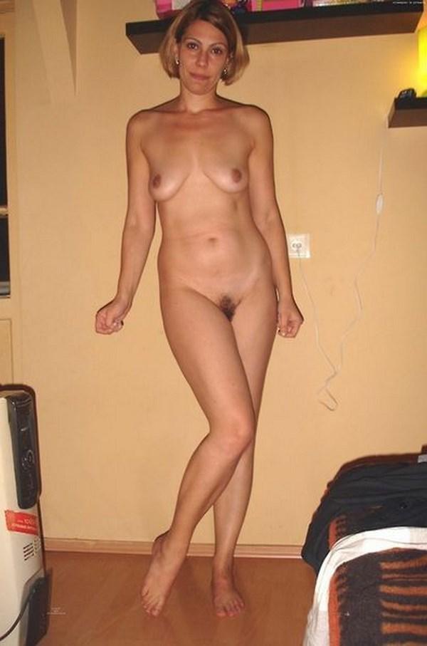 Rencontre x avec une maman nue et sexy