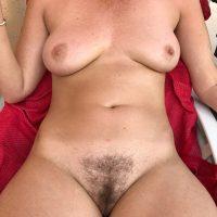Plan q avec une cougar aux gros seins, de Nice